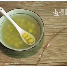 血鳗黄豆汤:来碗滋补的汤水