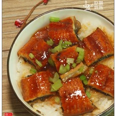鳗鱼蒸饭:上班族的简单料理