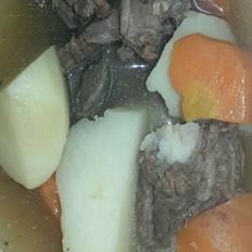 牛排炖胡萝卜土豆