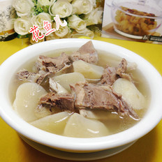 萝卜肉骨汤