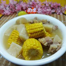 玉米萝卜猪蹄汤