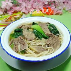 青菜牛肉荞麦面