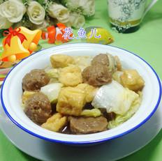 牛筋丸油豆腐煮白菜