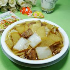 猪肉白菜煮土豆