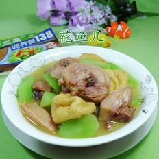 油豆腐莴笋煮腊鸡腿
