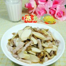 榨菜丝五花肉炒鞭笋