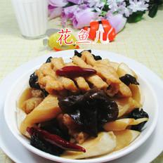 黑木耳茭白煮兰花豆腐干