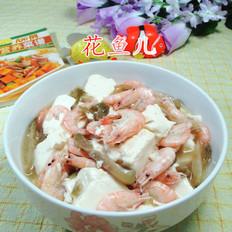 榨菜丝江白虾煮豆腐
