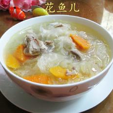 胡萝卜银耳排骨汤