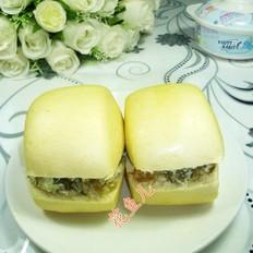 咸菜鸡蛋馒头三明治