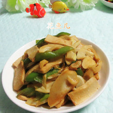 青椒笋子炒千页豆腐