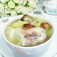 圆白菜香菇猪蹄汤