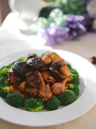香菇板栗蒸土鸡的做法