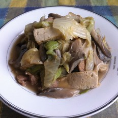 平菇白菜豆腐炒肉