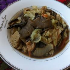 松蘑白菜豆腐炒肉