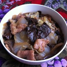 白菜松蘑炒肉
