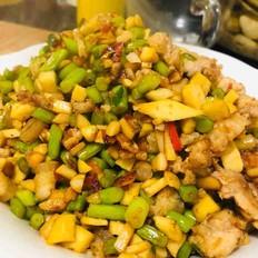 蒜苔杏鲍菇豆干炒肉