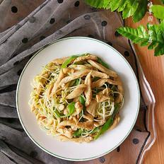 绿豆芽炒鸡丝