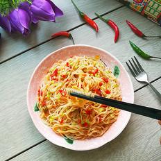 鲜椒贡菜拌米粉