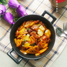 牛肉土豆炒藕片