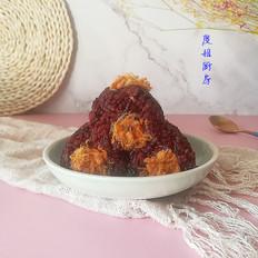 咸蛋黄肉松粢饭团