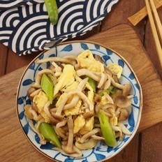 蟹味菇炒蛋