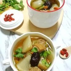 滋补暖胃的萝卜羊肉汤