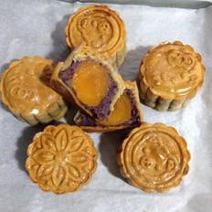 豆沙蛋黄紫薯南瓜月饼