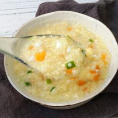 鸡蛋胡萝卜小米粥