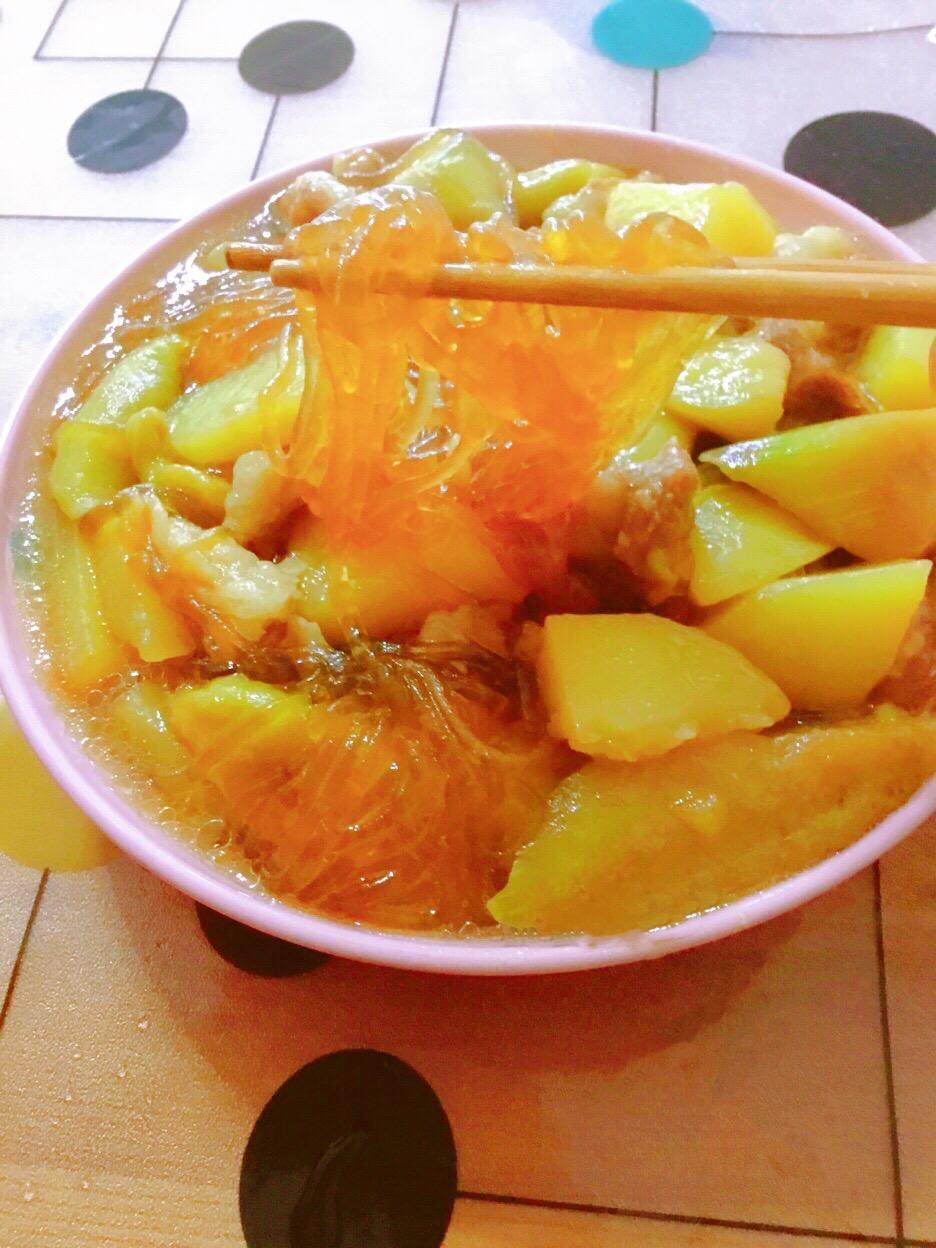 下饭菜-茄子土豆五花肉炖粉条