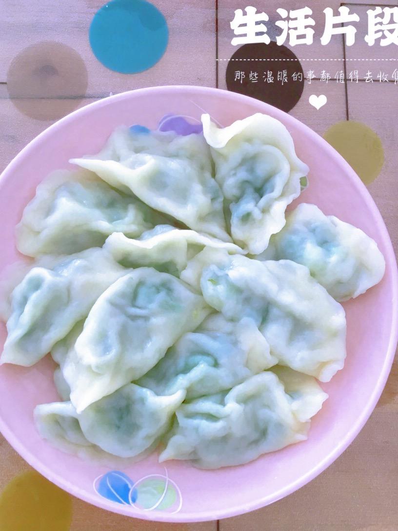 好吃易学的韭菜五花肉饺子