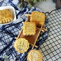 月饼季-经典广式蛋黄莲蓉