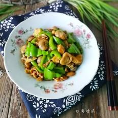 尖椒草菇炒鸡肉