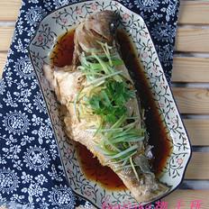 豉油蒸鲈鱼