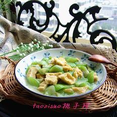 油豆腐烩丝瓜