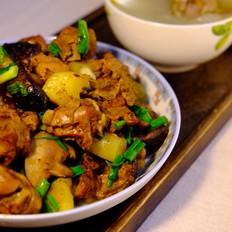 冬瓜薏米老鸭汤+香菇土豆焖鸭