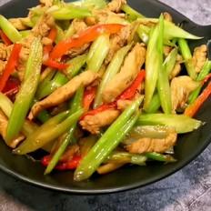 鸡胸肉炒芹菜
