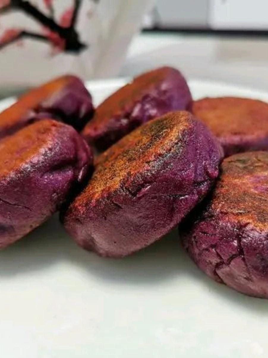 香甜软糯又饱腹的小吃:紫薯糯米饼