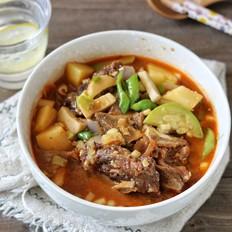 牛脊骨杂蔬汤