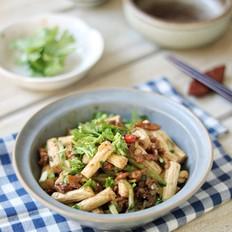 肉丝黄瓜拌腐竹