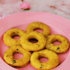 养生三味甜甜圈