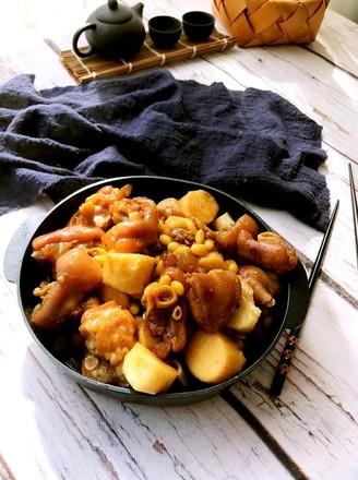 猪脚山药黄豆煲的做法