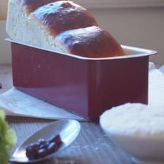 牛奶密豆面包