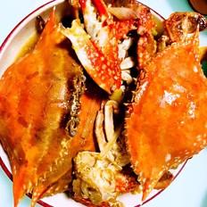 舔着手指头回味的梭子蟹