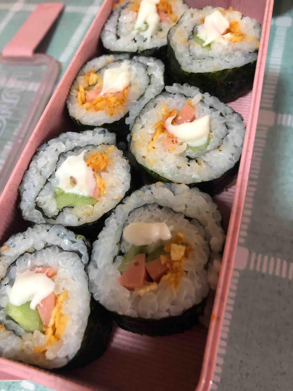 家庭寿司卷便当