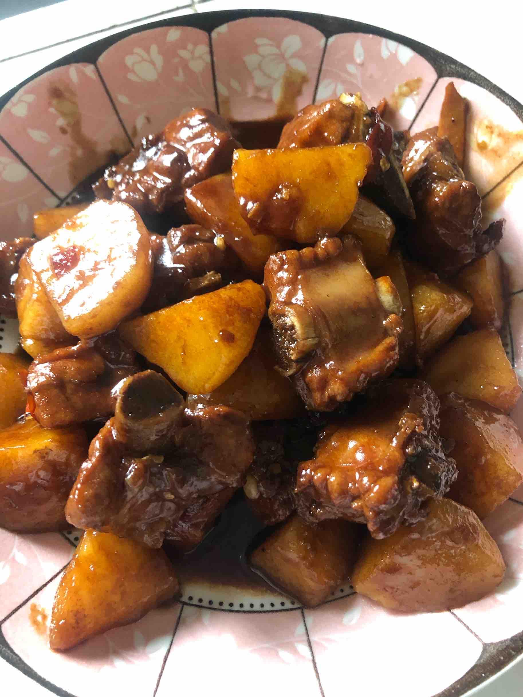 香辣排骨烧土豆