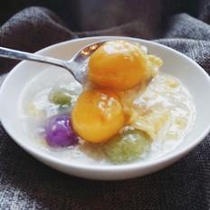 彩色蔬菜汤圆