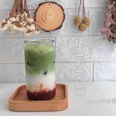 抹茶草莓冰饮