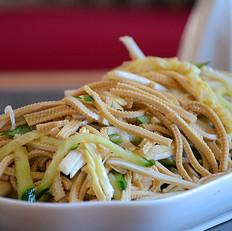 白菜心黄瓜拌豆腐丝