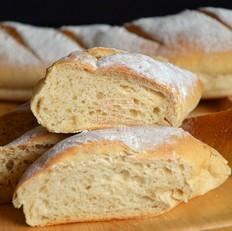 酸奶黑麦面包